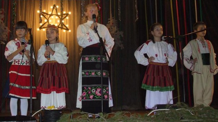 performances children 2013 2014 trio iskar